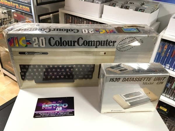 ORDENADOR COMMODORE VIC-20